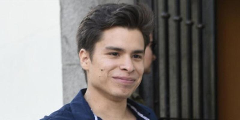 ¿Sabías que el hijo de Carlos Baute le reclama 20.000 euros por «humillación y decepción constante»?