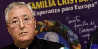 Abogados Cristianos se querella contra los activistas LGTBI que irrumpieron en la Catedral de Alcalá de Henares