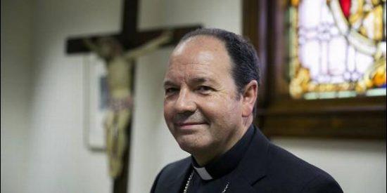 El obispo de Vitoria clarifica sus declaraciones sobre la 'curación' de las personas homosexuales