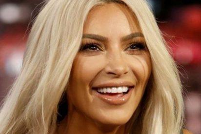 Sale a la luz una foto Kim Kardashian en leggings y sin maquillar y rápidamente se hace viral