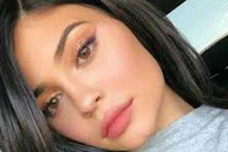 Descubren la foto 'guarra' de Kylie Jenner con un body de rejilla a lo Kim Kardashian