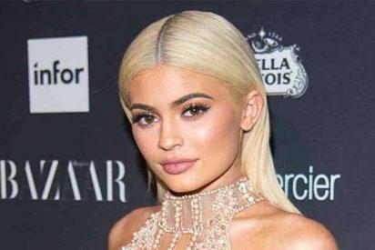 Kylie Jenner paraliza Los Ángeles con unos leggings que ni Jennifer López se atreve a ponerse
