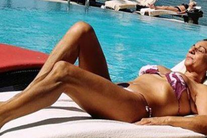 Lolita Flores presume de cuerpazo en bikini a sus gloriosos 61 años