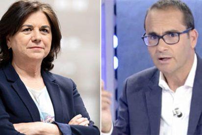 """Lucía Méndez monta en cólera contra su exdirector David Jiménez, que le manda un recado certero: """"Podría leerse el libro"""""""