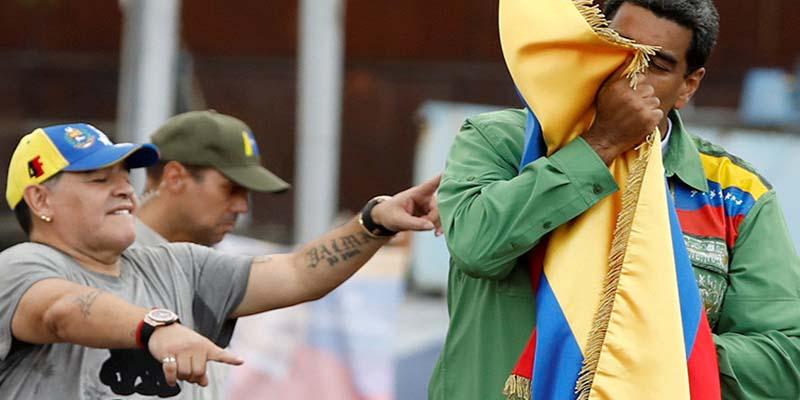 Multan a Maradona por apoyar la narcodictadura de Nicolás Maduro