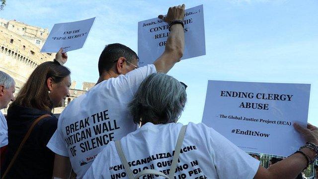 """Vaticano: """"Un pastor que es culpable del encubrimiento de abusos no es digno de serlo"""""""
