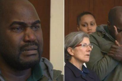 Juez sanciona por llorar al conductor de Uber acusado de violar a una pasajera