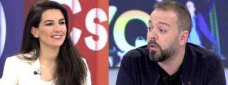 Rocío Monasterio retrata a Maestre por sus aires de reportero estrella: