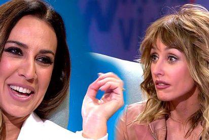 """Mónica Naranjo ruboriza a Emma García hablando de sexo: """"Te estoy imaginando con tu marido"""""""