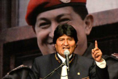 Con un Nicolás Maduro herido de muerte, Evo Morales levanta la bandera del chavismo