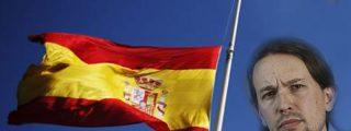 Pablo Iglesias quita la bandera de España para dar un mitin en la universidad pública de Málaga