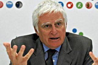 Paolo Vasile, desahuciado: por mucho que se invente trucos, Cuatro no levanta cabeza