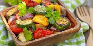 Parrillada de verduras al horno fácil