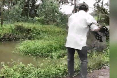 Este joven lanzó su red de pescar al lago y ni te imaginas qué atrapó