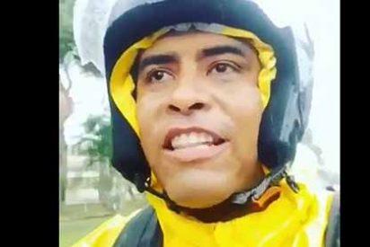 Emigrante venezolano se harta de que sus amigos en el país le pidan dinero y les da una inusual respuesta