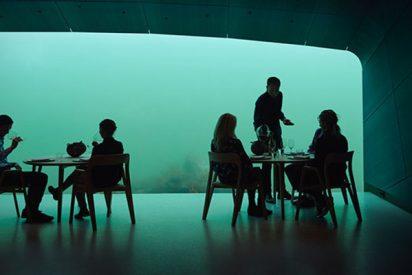 Así de impresionantes es el primer restaurante bajo el agua del mundo