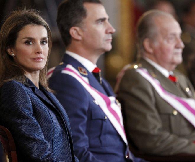 La cita prohibida a Doña Letizia autorizada por el Rey Felipe hace estallar a Juan Carlos I