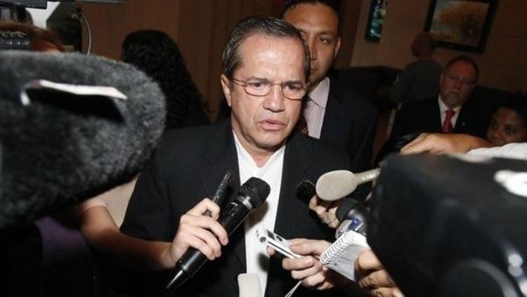 Ecuador ordena detener al exministro Ricardo Patiño, hombre de confianza de Rafael Correa