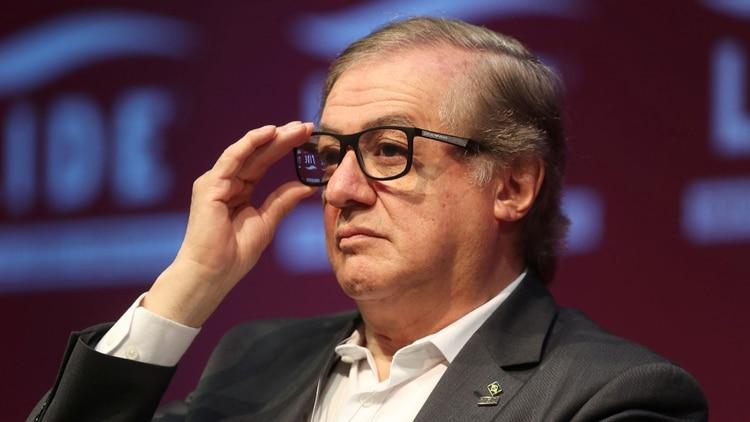 Jair Bolsonaro destituye al polémico ministro de Educación, Ricardo Vélez Rodríguez