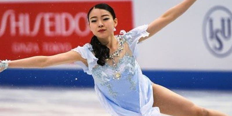 La joven patinadora japonesa Rika Kihira rompe el récord mundial de patinaje artístico