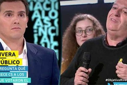 """laSexta y Ana Pastor patrocinan que este chuleta independentista se mofe de """"Alberto Carlos"""" Rivera con un lacito amarillo en la solapa"""
