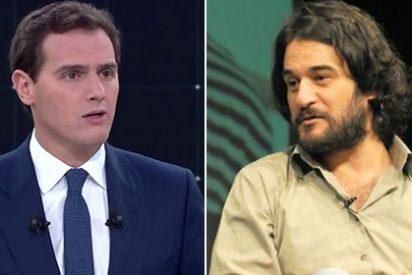 Algo bien hizo Rivera en el debate si consiguió sacar de sus casillas a Jabois, que la emprende a insultos desde 'El País'