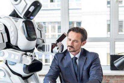 El creador de Alexa cree que Amazon debería fabricarle un cuerpo de robot con cámaras