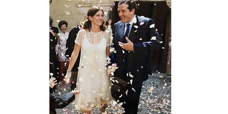 Samantha Vallejo-Nágera publica esta foto de su boda y todos hacen el mismo comentario sobre su vestido