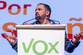 """VOX 'asusta' a Sánchez reuniendo a 20.000 personas en Colón: """"¡Libertad o dictadura progre!"""""""
