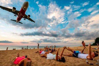Pena de muerte para quienes se saquen selfies frente a un aeropuerto de Tailandia