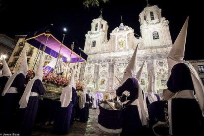 Europa Laica considera que los cargos públicos no deben participar en las procesiones de Semana Santa