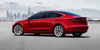 Hackean el Tesla Model 3 y se llevan uno a casa como recompensa