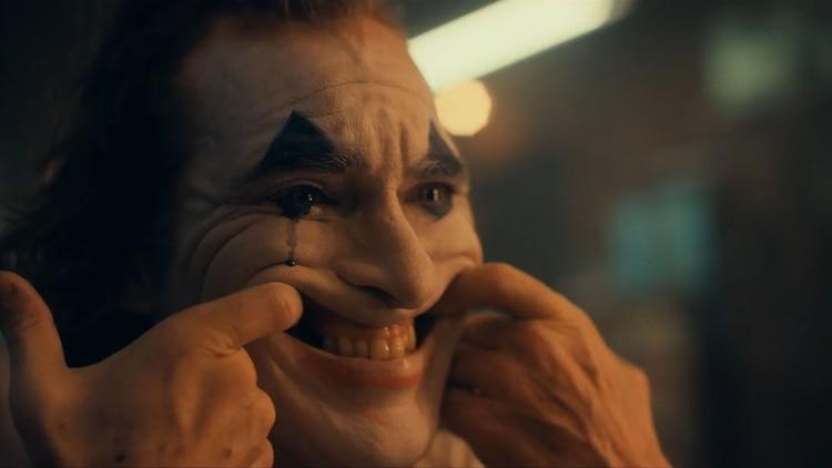 """Vídeo: El anhelado tráiler de """"Joker"""", la película protagonizada por Joaquin Phoenix"""