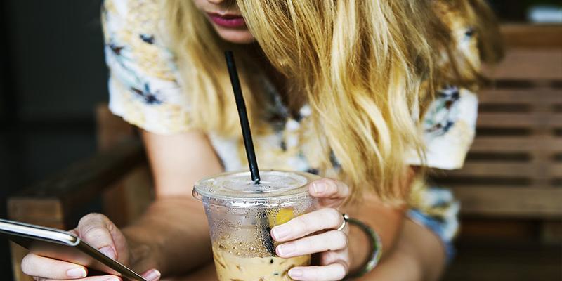 La adicción a las redes sociales puede provocar baja autoestima, timidez y rechazo de la imagen corporal