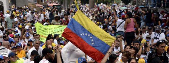 """""""Resuelto favorable"""": España materializa la residencia humanitaria para los venezolanos que solicitaron protección internacional"""