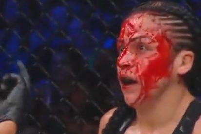 Baño de sangre en una pelea de MMA:
