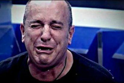 El 'acomplejado' Víctor Sandoval pasa por quirófano para hacerse un injerto de pelo