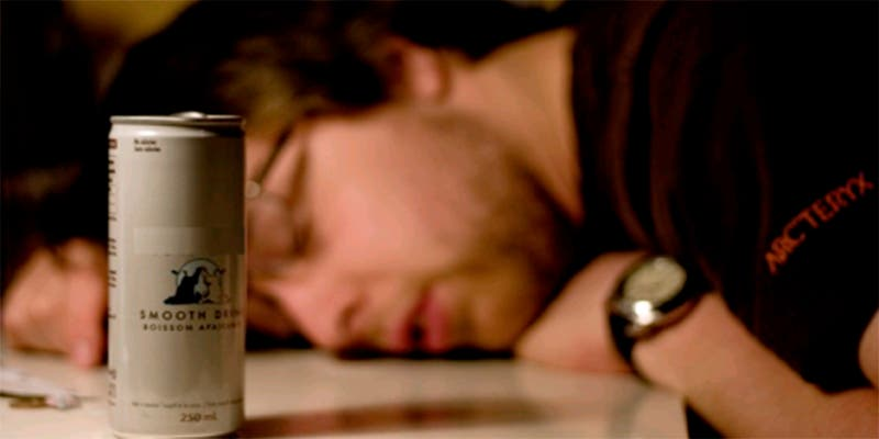 Dañó tanto su corazón con las bebidas energéticas que le implantaron un marcapasos