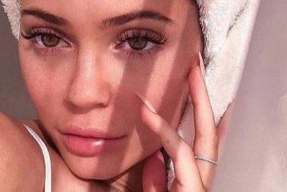 Tal y como esperábamos KYLIE JENNER lanza su nueva línea de cuidado facial