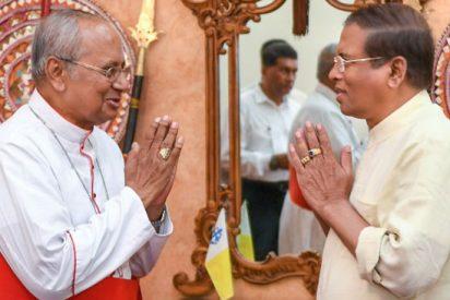 Las iglesias y escuelas de Sri Lanka abren de nuevo después de los atentados de Pascua