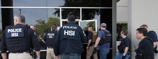 Trump rompe un récord migratorio: Arrestan a 680 hispanos, la mayor redada de la década