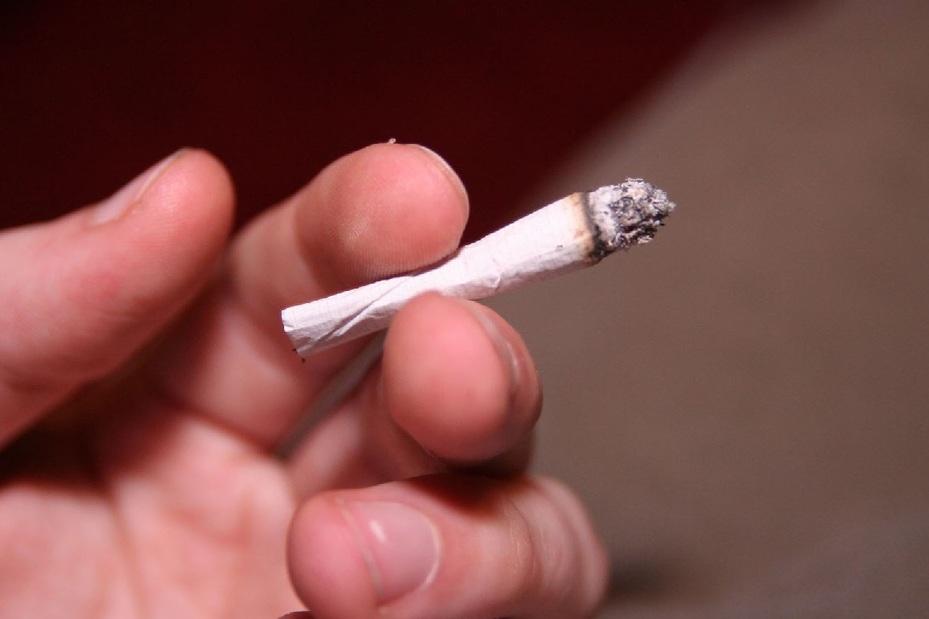 Los cigarrillos sin filtro están asociados con un riesgo aún mayor de desarrollar cáncer de pulmón