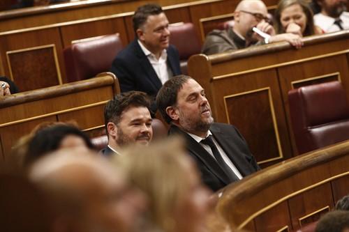 Rufián enloquece con la decisión del Supremo de no dejar a Junqueras recoger su acta de eurodiputado y los tuiteros le dan un baño jurídico