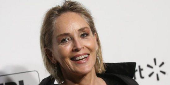 Sharon Stone posó en topless cuando en Hollywood le dijeron que pasados los 60 ya no era 'follable'