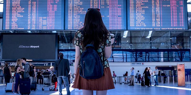 Los 5 mejores trucos que te ayudarán a encontrar un vuelo baratito este verano
