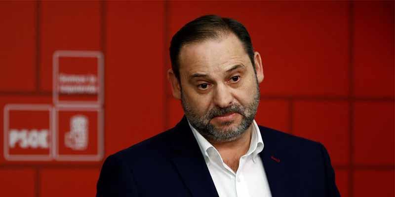Ábalos se va de la lengua y filtra cómo será el Gobierno que está montando Sánchez