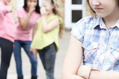 Acosan a una niña en el colegio por pensar diferente al grupo y negarse a seguir la huelga estudiantil por el clima