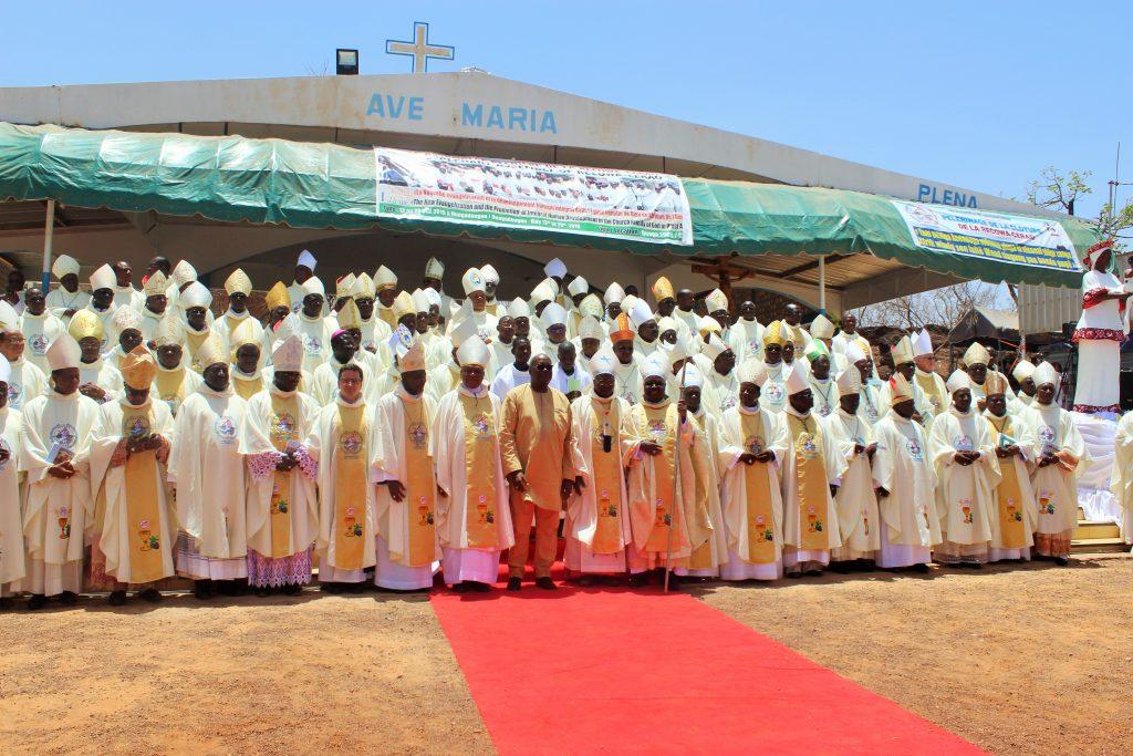 Los obispos de África Occidental advierten a los jóvenes de los peligros de la migración irregular