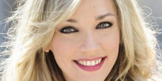 El escote de Anna Simon que liquida a Cristina Pedroche, Pilar Rubio y compañía