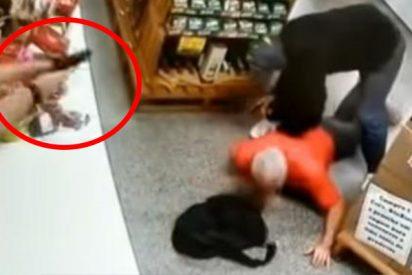 ¡Fuerte Vídeo!: la dueña de esta tienda mata de un balazo al atracador